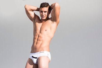 mv4men underwear and swimwear for men: Stephen Morris in Marcuse Peep underwear