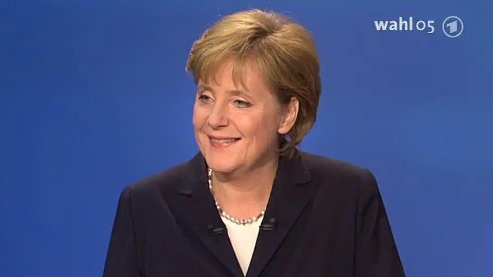 Pin Von Margo Auf Angela Merkel In 2020 Angela Merkel Merkel
