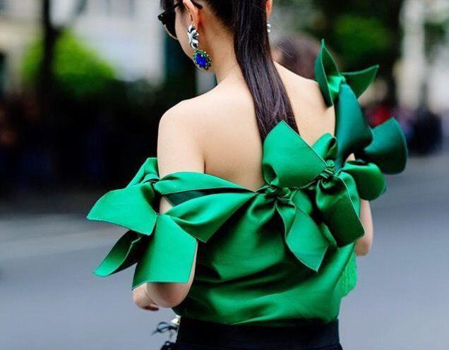 Going gaga for green moda.cm/MaisonRabihKayrouzR17