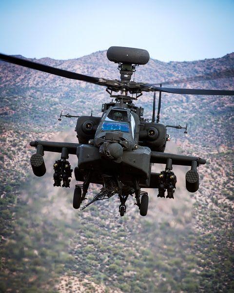 India encarga a Boeing helicópteros Apache y Chinook por 3.100 millones de dólares