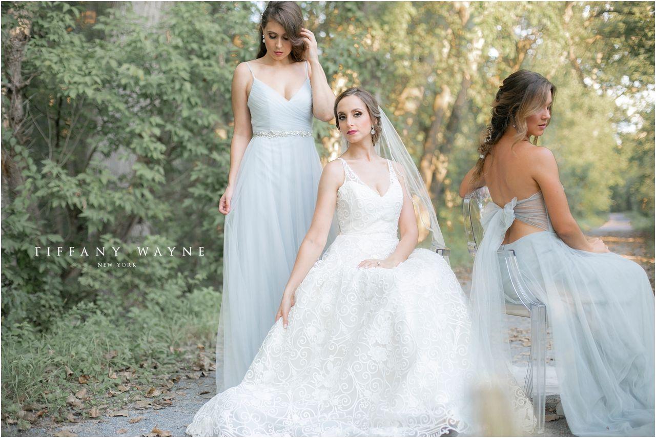 Makeup with mint green dress  Bride and bridesmaid photos ideas outside  Bridesmaid photos pose
