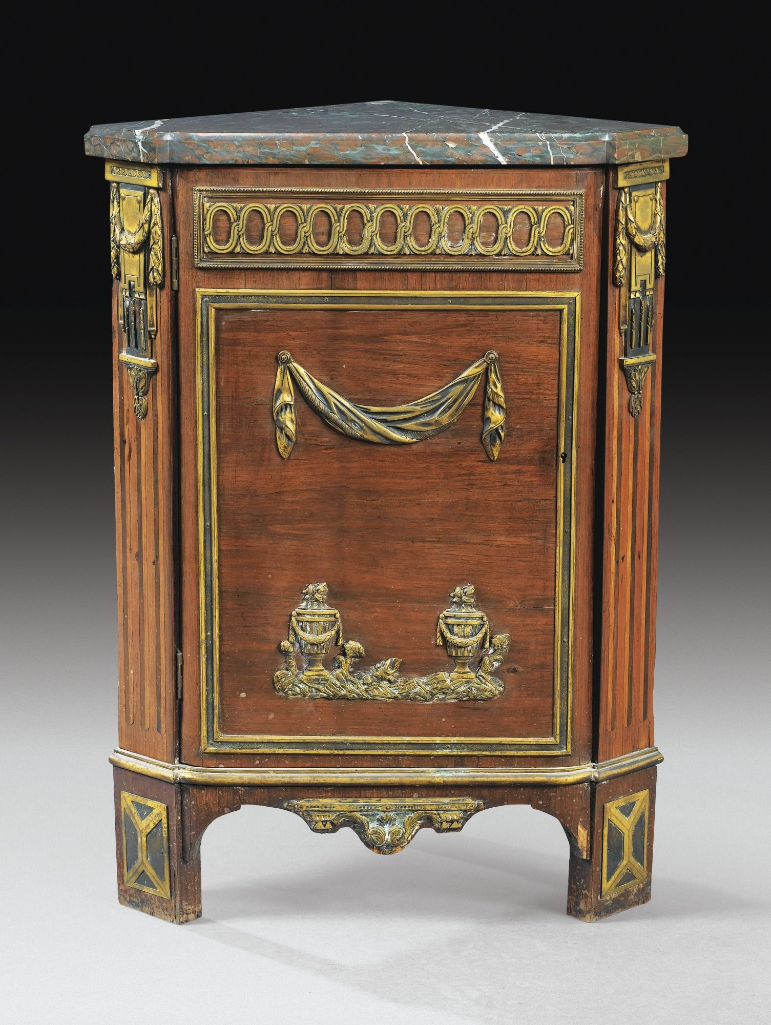 Historische Möbel A Gilt Bronze Mounted Tulipwood Encoignure Louis Xvi Attributed