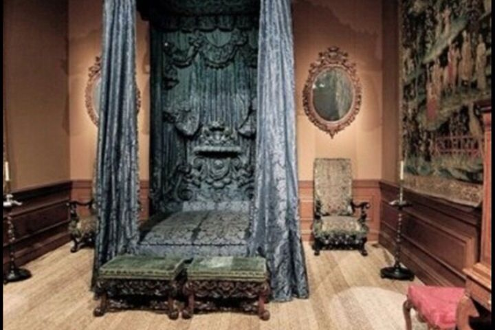 """abandoned bedroomlooks like scrooge's bed from """"a christmas carol"""
