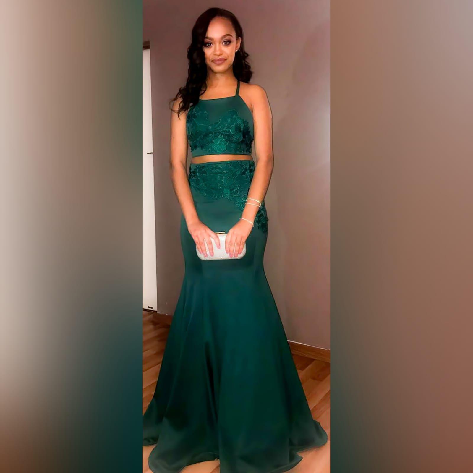 emerald green short bridesmaid dresses