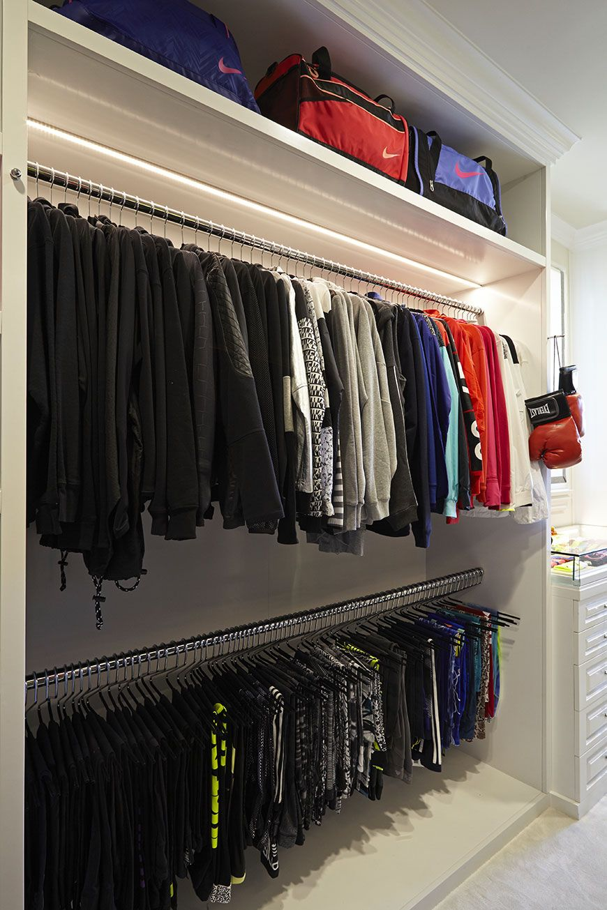 Khloe Kardashian Tem Um Closet Incrível... Só Para As Roupas Fitness