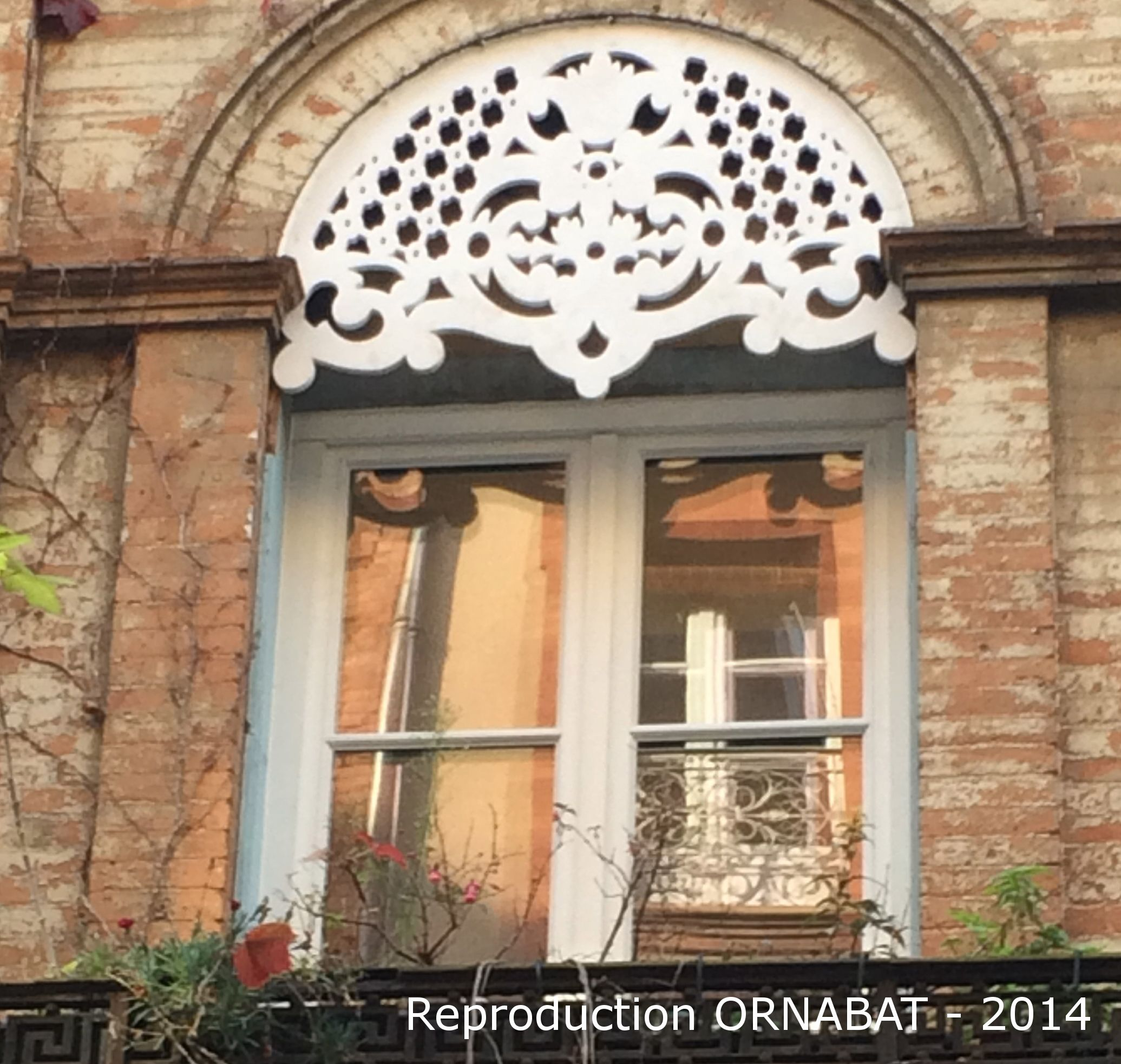 Reproduction Ornabat A Toulouse France Avec Images