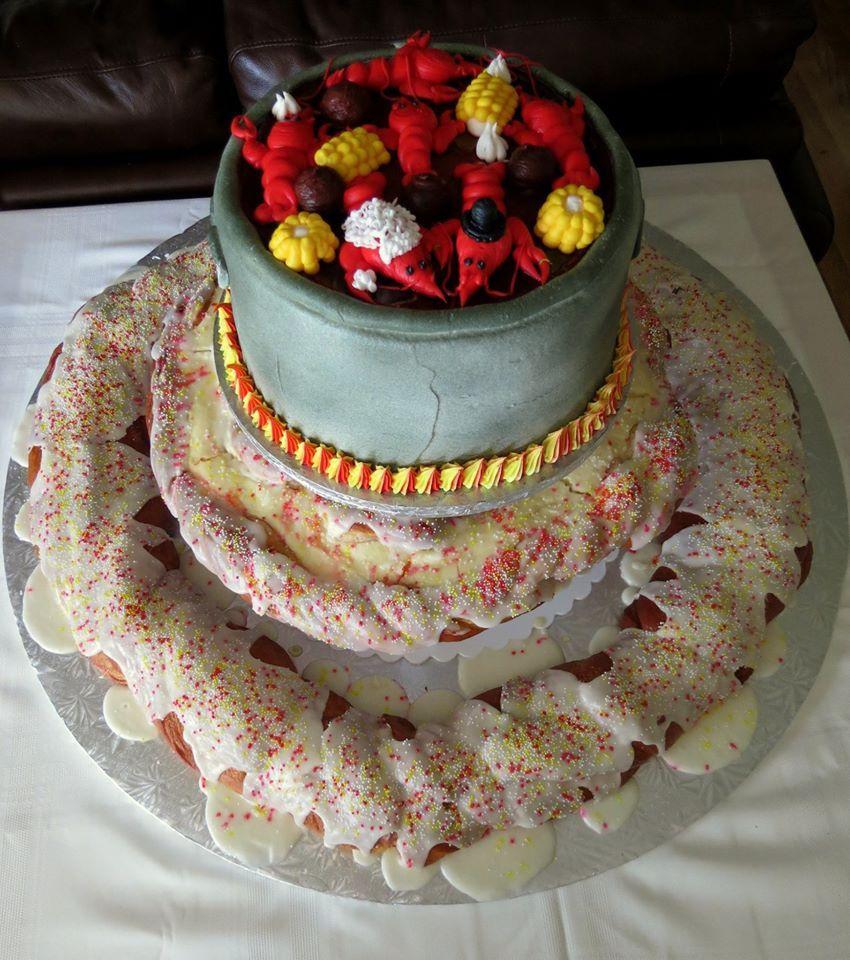 Crawfish and king cake why not king cake cake