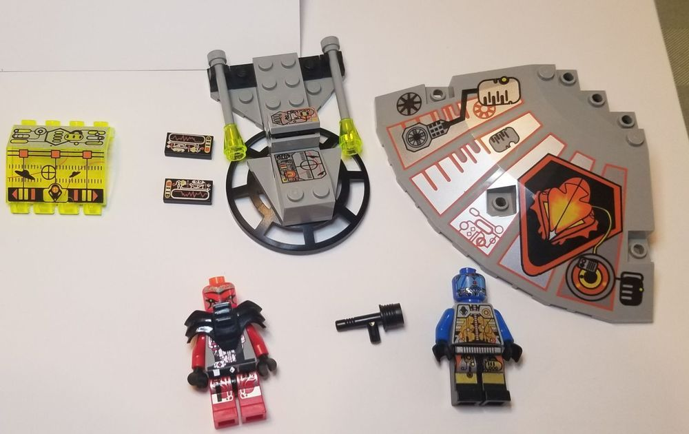 NEW Lego Lot//3 Minifig SPACE GUN Alien Police Agents Black Gray White Weapon Set