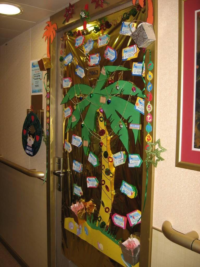 Christmas Door Decorating Idea Love Teachers Door Christmas Door