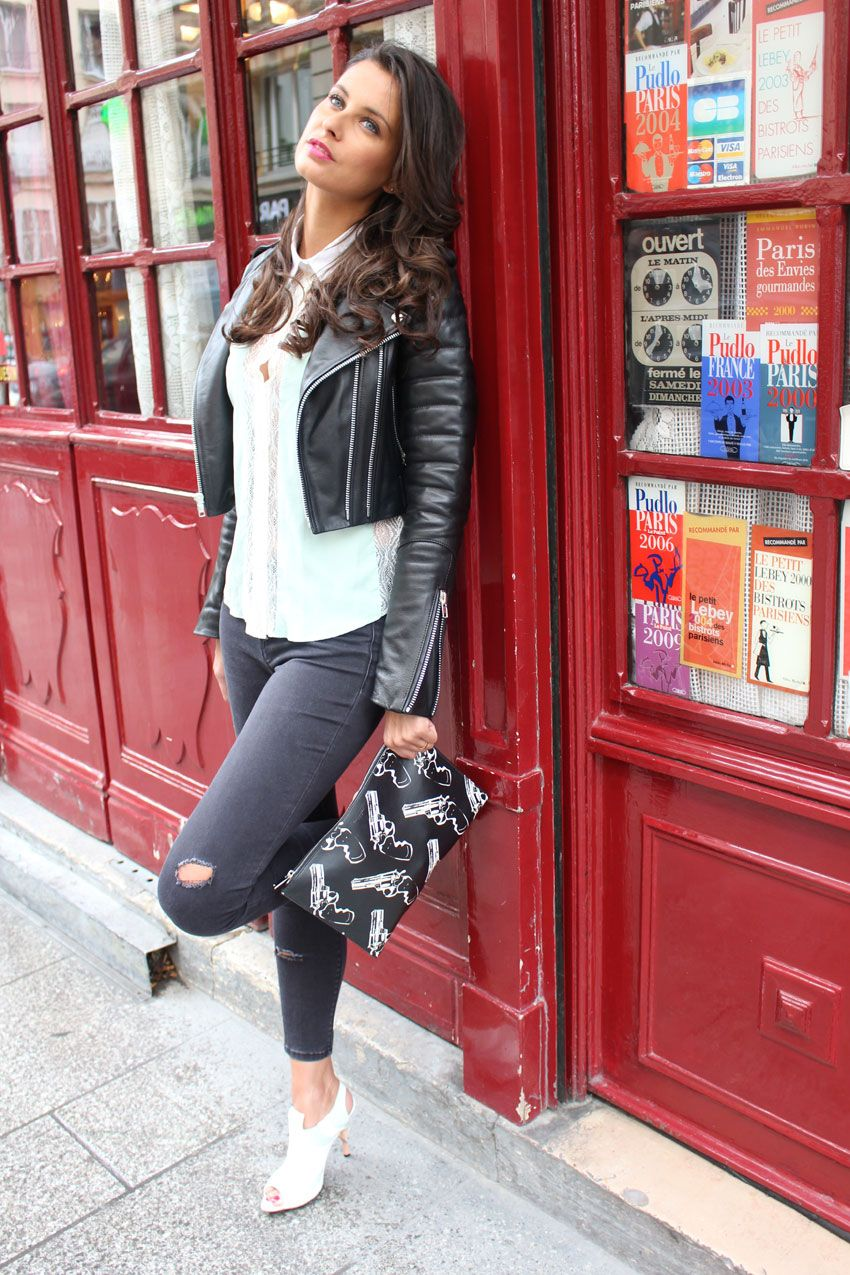 rennes black girls personals Online personals with photos of single men and women seeking each other for dating, love, and marriage in france.