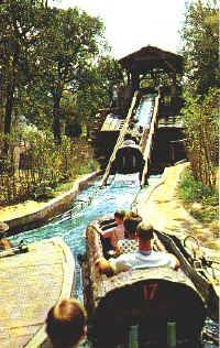 Log Flume Ride Parktimes Com Six Flags Over Texas Astroworld Houston Old Fort