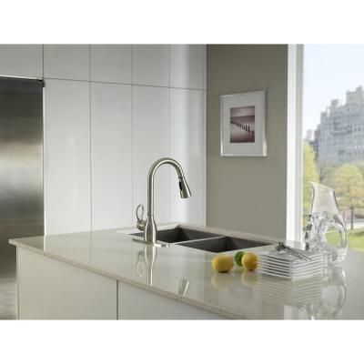 Attirant MOEN Kleo 1 Handle Pull Down Sprayer Kitchen Faucet Featuring Reflex In  Spot Resist Stainless CA87011SRS   The Home Depot