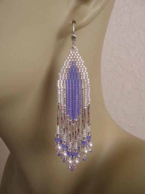 Seed Bead Beadwoven Earrings Lilac by pattimacs on Etsy