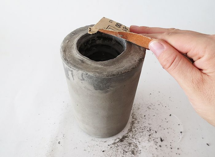 How To Make A Concrete Vase Wanna Try To Do Pinterest Diy