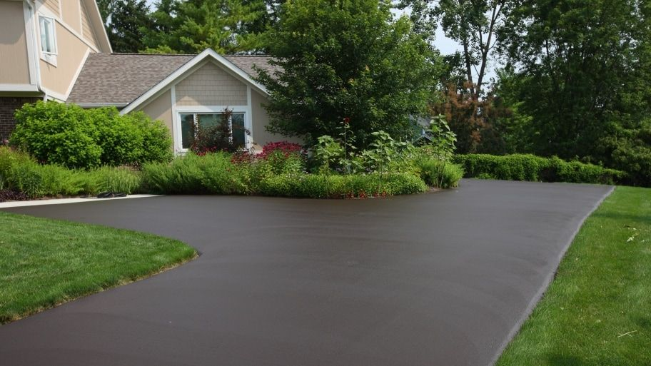 How Much Does It Cost to Install an Asphalt Driveway?