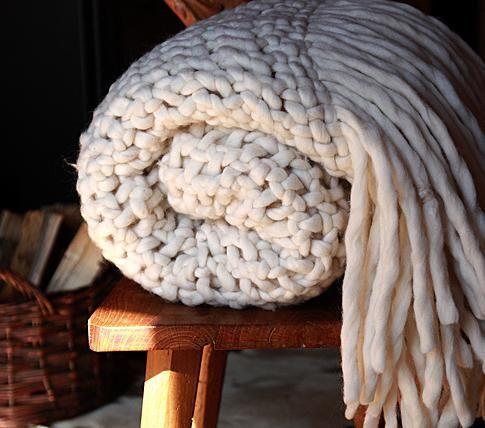 chunky knit blanket tricot dans la d co laine geante laine und tricot. Black Bedroom Furniture Sets. Home Design Ideas