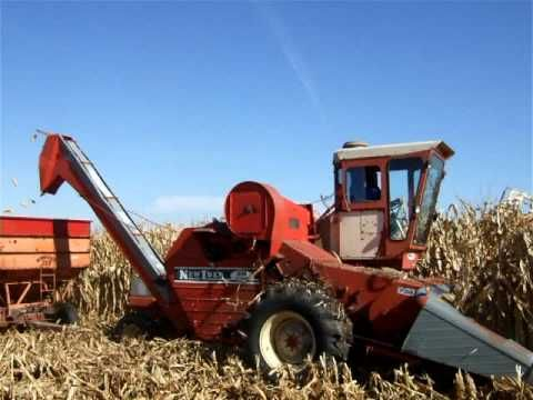 Baf F Af F Fd A C on New Idea Uni System Corn Picker