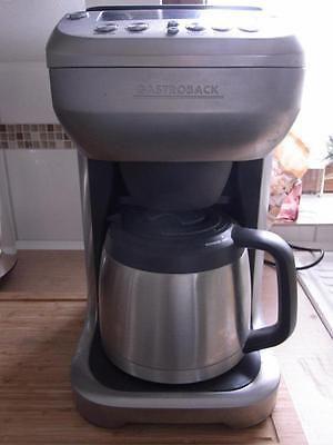 Gastroback Kaffeemaschine mit Mahlwerk und Thermoskannesparen25
