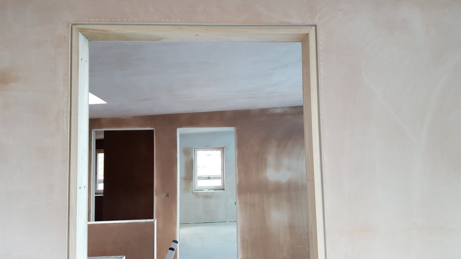 Showing The Shadow Gap Around The Door Frame Look No Horrible