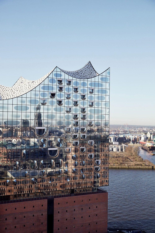 Hamburg Telt Af Naar Opening Elbphilharmonie Photoid 394438 Hamburg Gevelarchitectuur Moderne Gebouwen