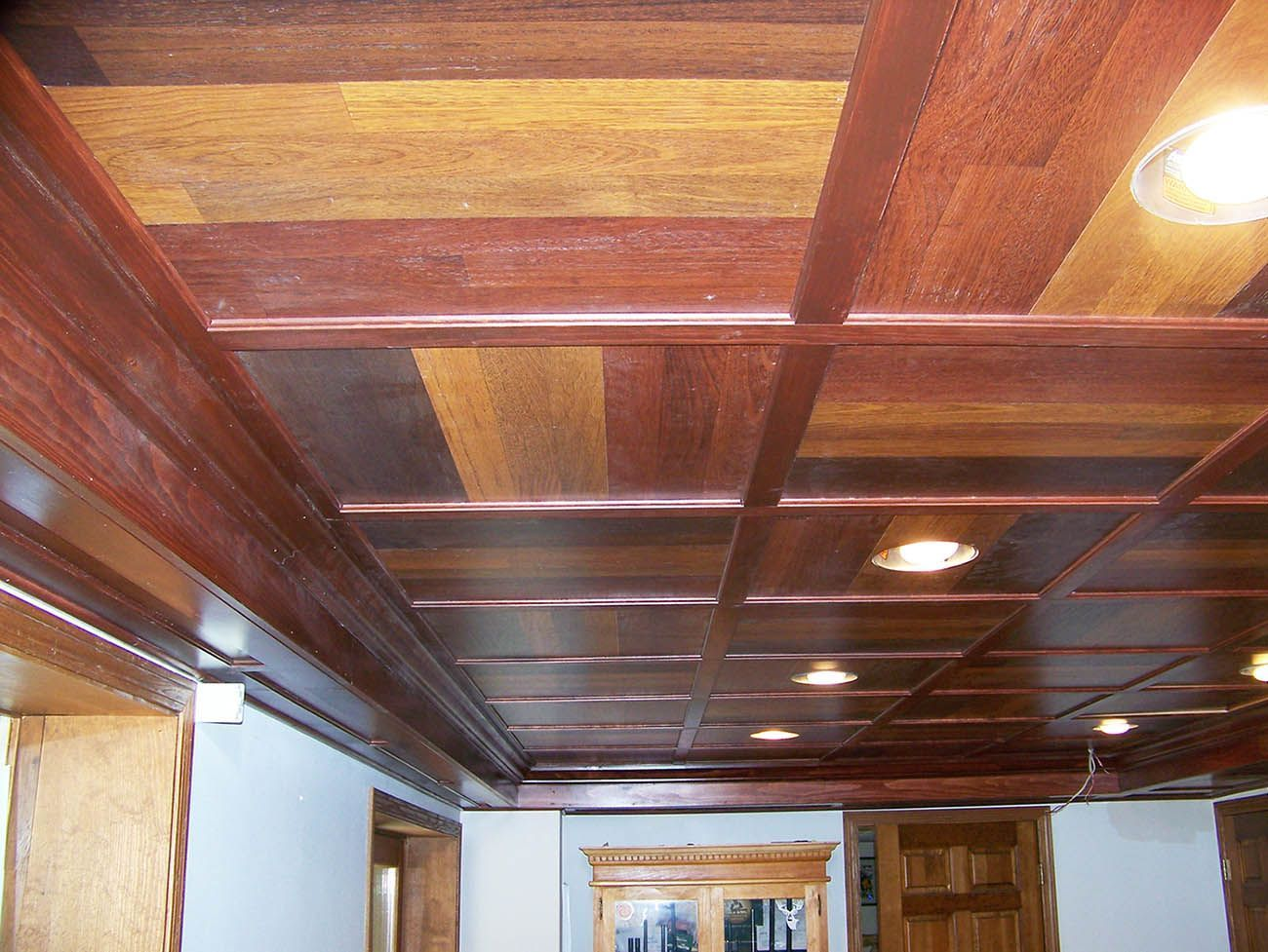 Best Cheap Basement Ceiling Ideas When It Comes To Finishing Off Your Basement And Finding The Ri With Images Drop Ceiling Basement Ceiling Tiles Basement