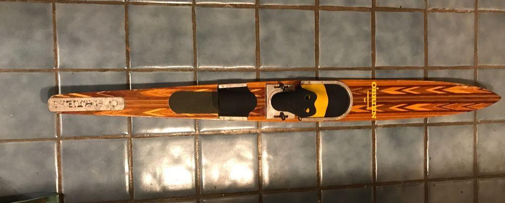 6877abe6d0c71a51ba3a4180816b2a13 - Cypress Gardens El Diablo Water Ski