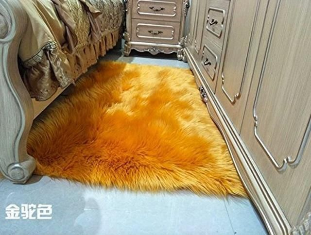 Super Faux Sheepskin Rug