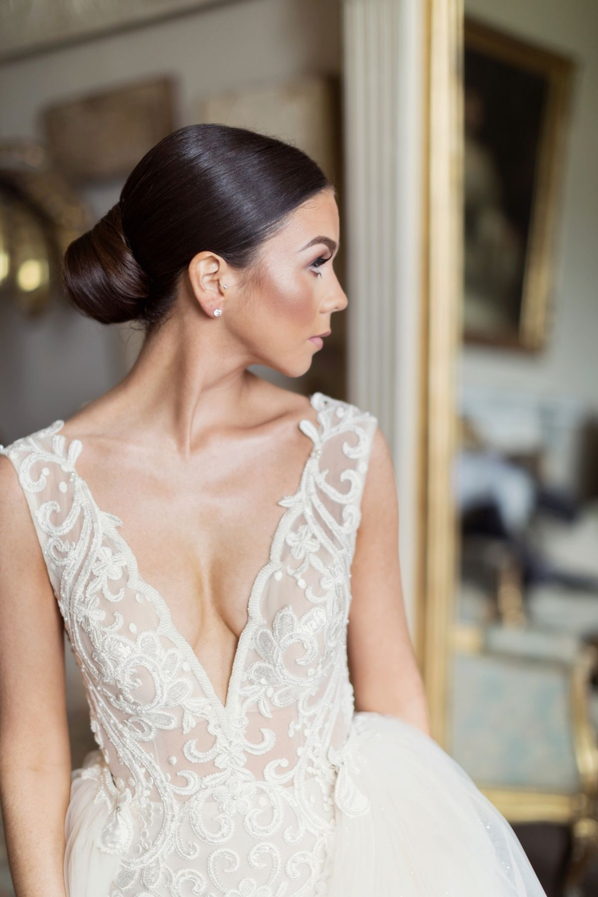 Berta bride glamour for a sophisticated wedding at aynhoe park