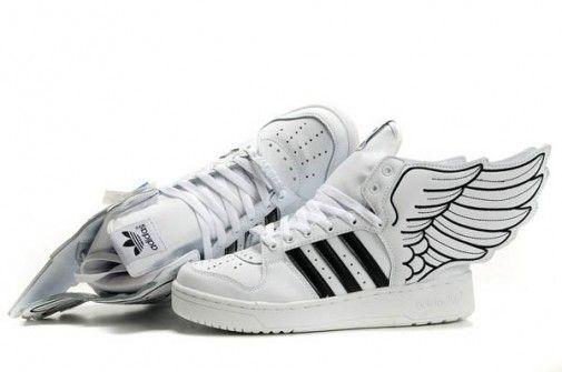 timeless design d0a17 de7a6 Jeremy Scott - Adidas con Alas clásicas