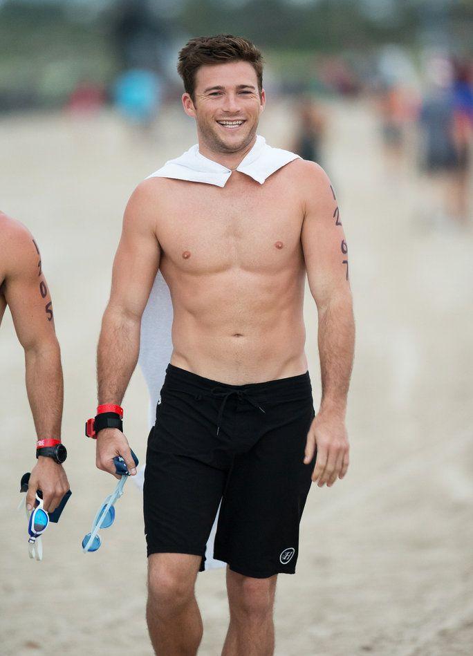 Hottie Alert! Scott Eastwood Flaunts His Killer Bod After Completing a Triathlon in Miami