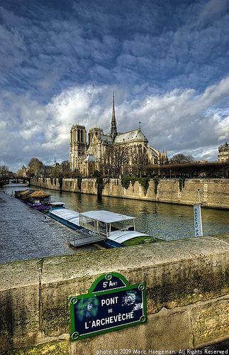 Seine Scene , Paris