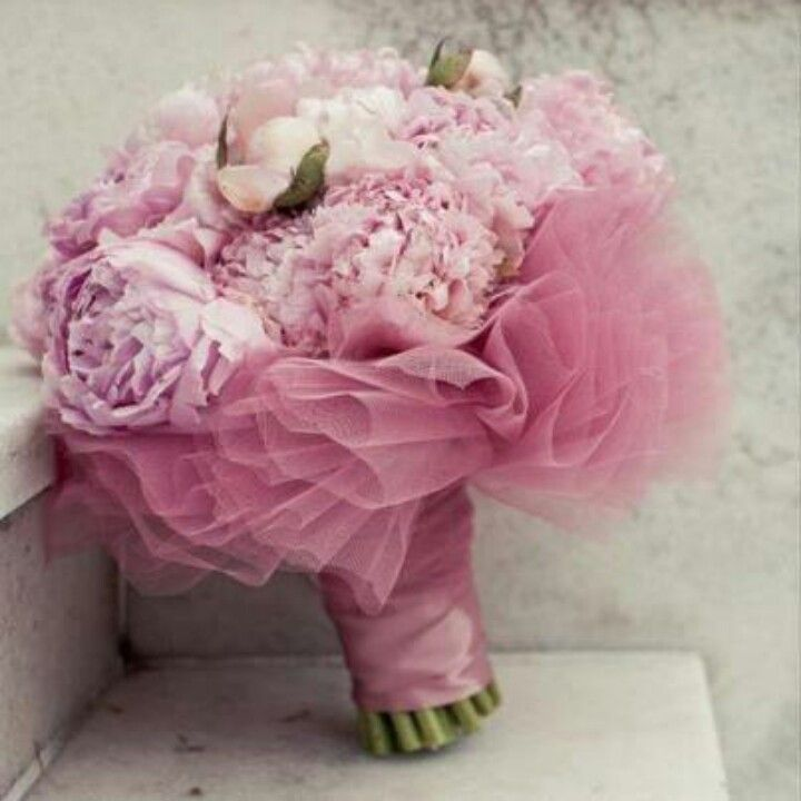 Pink tulle bouquet  yes!! tulle around my white bouquet!!