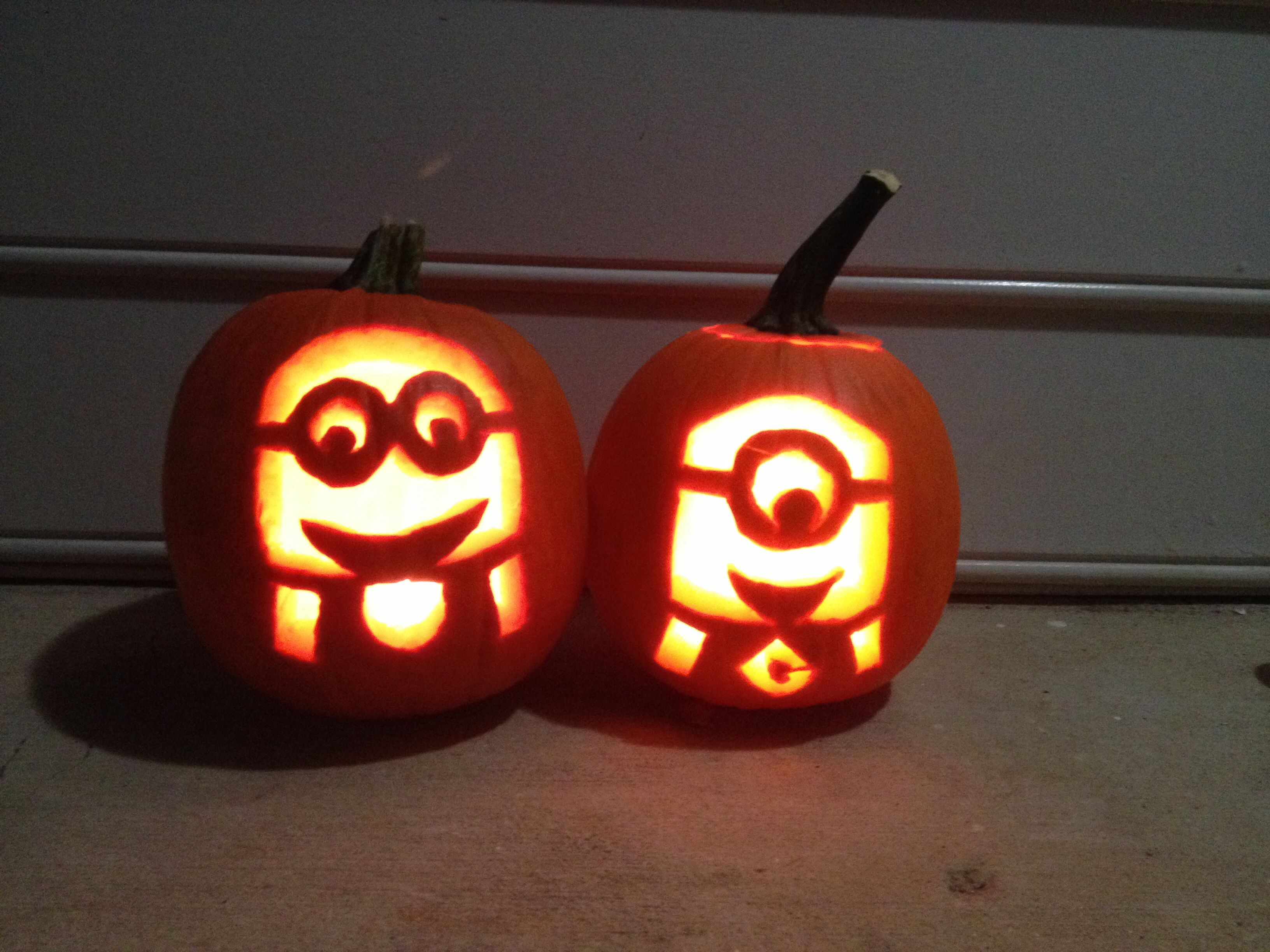 Minion Pumpkin Carvings From Despicable Me Making The One On The Right For My Granddaughter Today Minion Pumpkin Carving Pumpkin Carving Minion Pumpkin