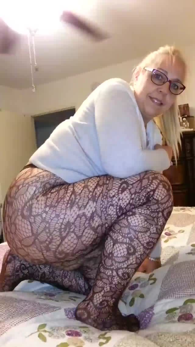 Big booty mature pawg marcy diamond