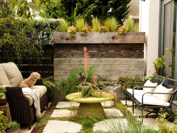 Hgtv Gardens Offers Ways To Update Your Garden To Add Color And Interest Outdoor Living Small Backyard Design Small Backyard Landscaping Small Outdoor S