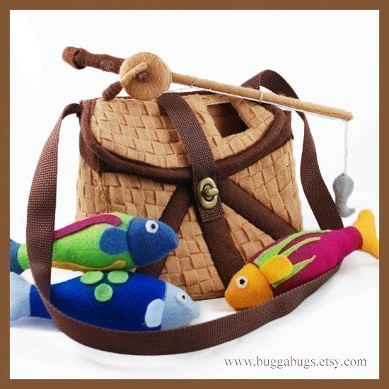 Gone Fishin'- a PDF Pattern by Bugga Bugs! Sooo cute! The reel really turns and hooks to the fish!
