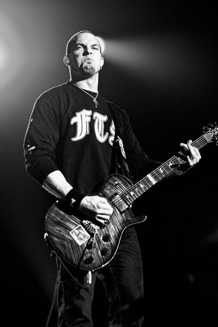 Mark Tremonti from Alter Bridge - great man! Their concert is just amazing!