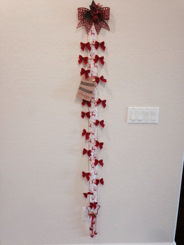 Christmas card holder. All items to make from 99cent store.