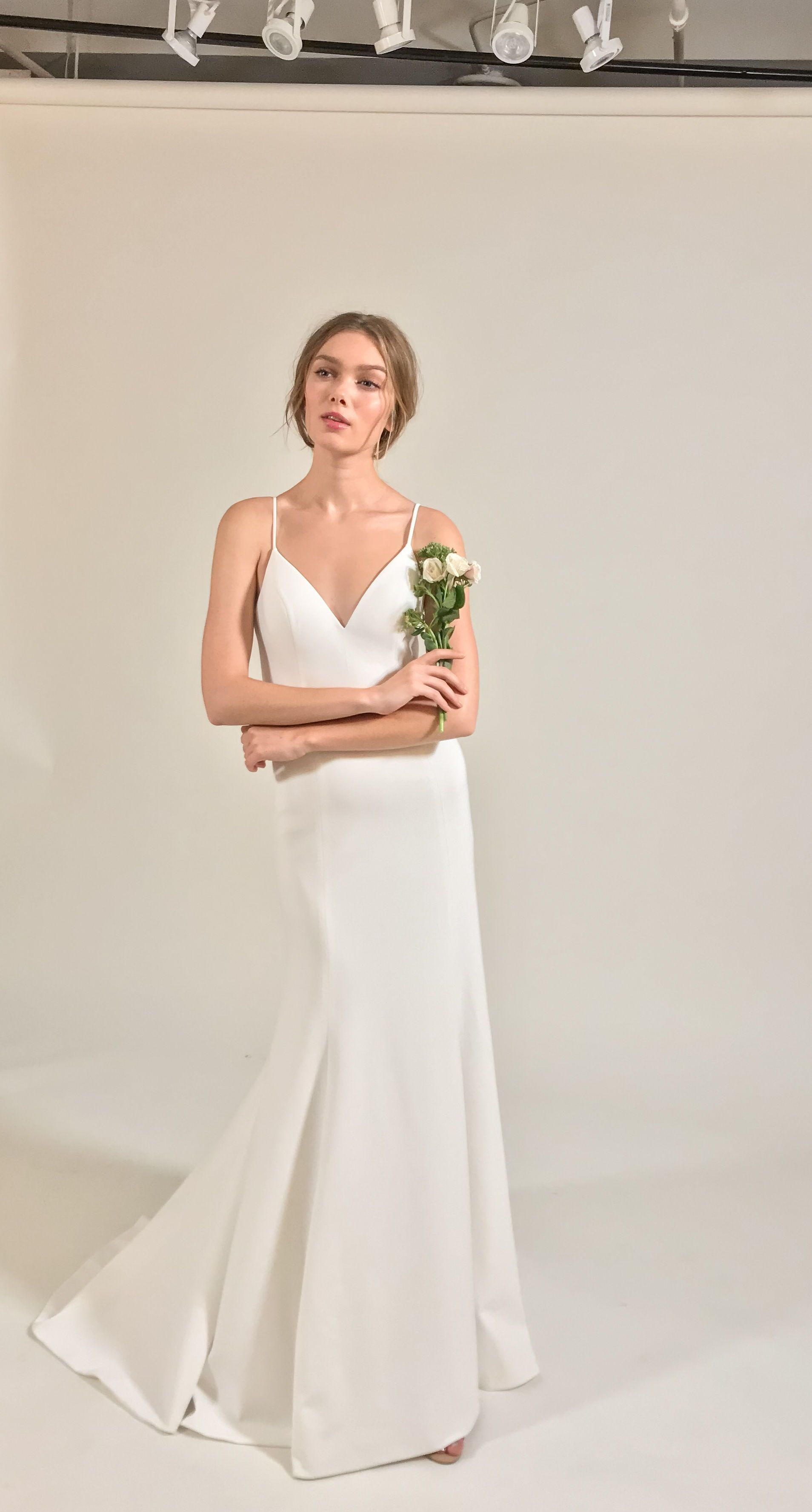 Plain Simple This Wedding Dress Is Chic The Whitley Gown By Jenny By Jenny Yoo 2019 Fit And Flare Wedding Dress Trendy Wedding Dresses Fitted Wedding Dress [ 3553 x 1908 Pixel ]