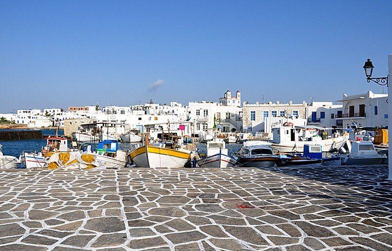 Καλοκαίρι στην Πάρο | MidEast International Tours  http://www.mideast.com.gr/packages/europe/greece/greek-islands/kalokairi-stin-paro