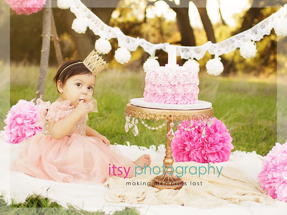 Outdoor Field Photography Cake Smash Photos Posing Ideas Pink And
