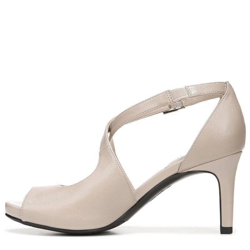 6871736d19d Lifestride Women's Maria Medium/Wide Peep Toe Pump Shoes (Taupe) in ...