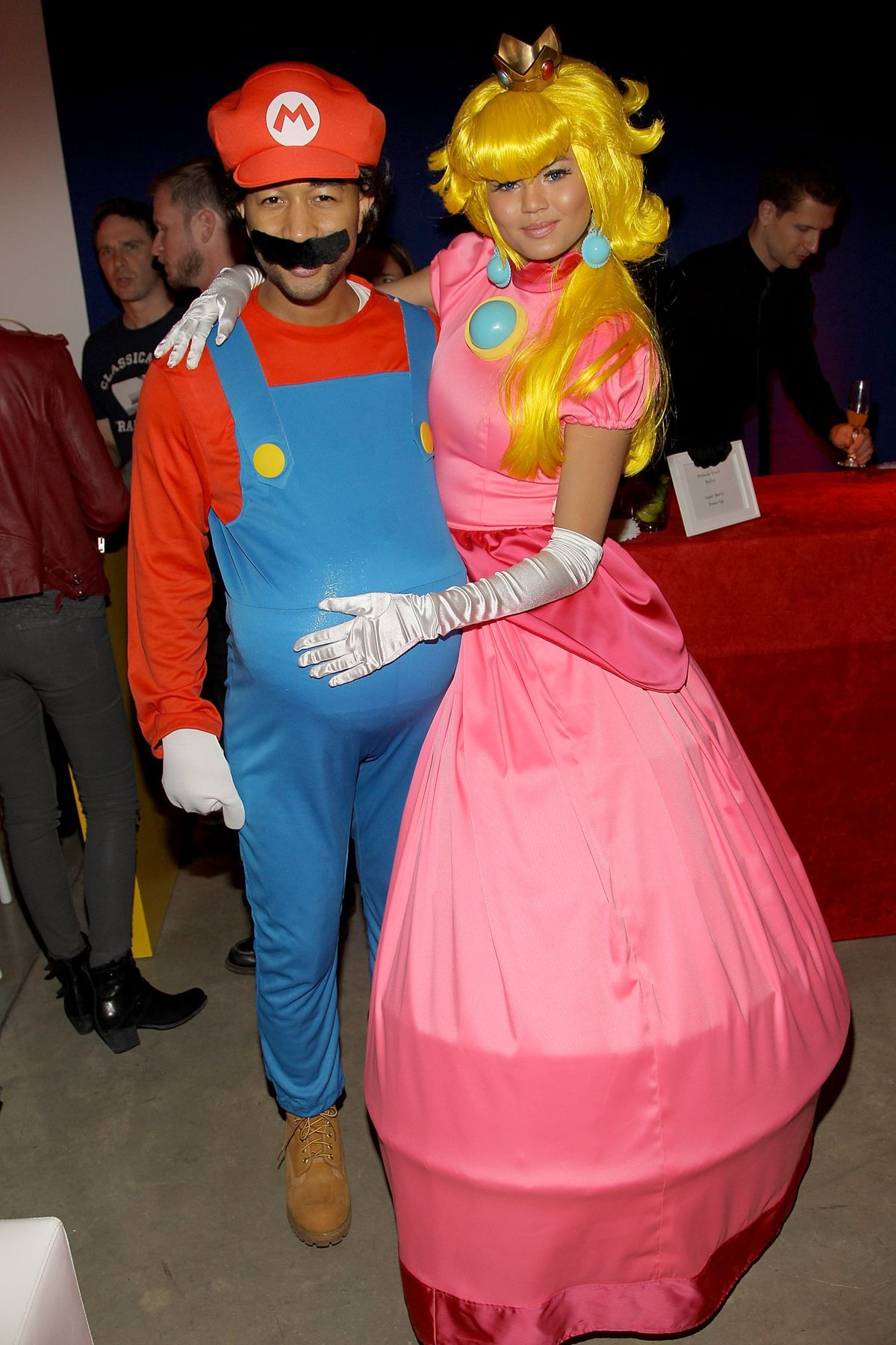 46 Celebs Who Managed to Pull Off the Couples Halloween Costume ...