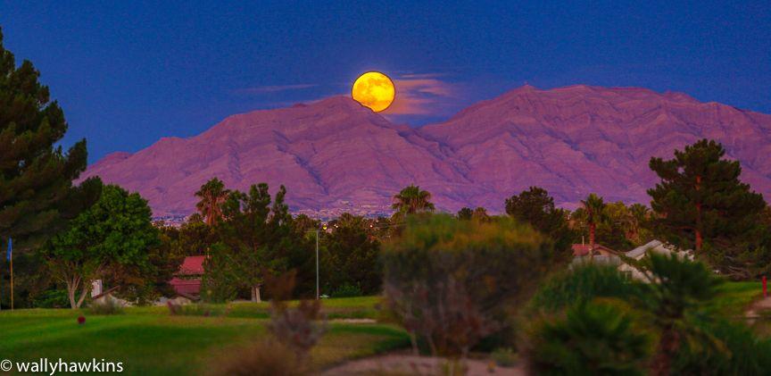 Supermoon Las Vegas Supermoon Sunsets Moon Photo Las Vegas Vegas