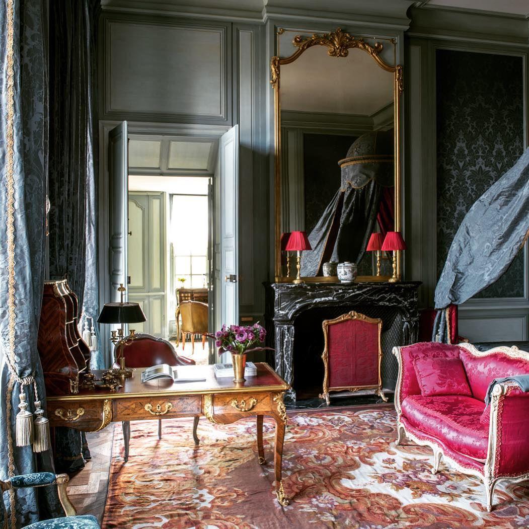 8 Chateau De Menestrau En Villette 45 Des Panaches Ornent Les 4 Coins Et Une Frange Borde Le Bord Inferieur Le Xviii Home Decor Websites Home Decor Decor