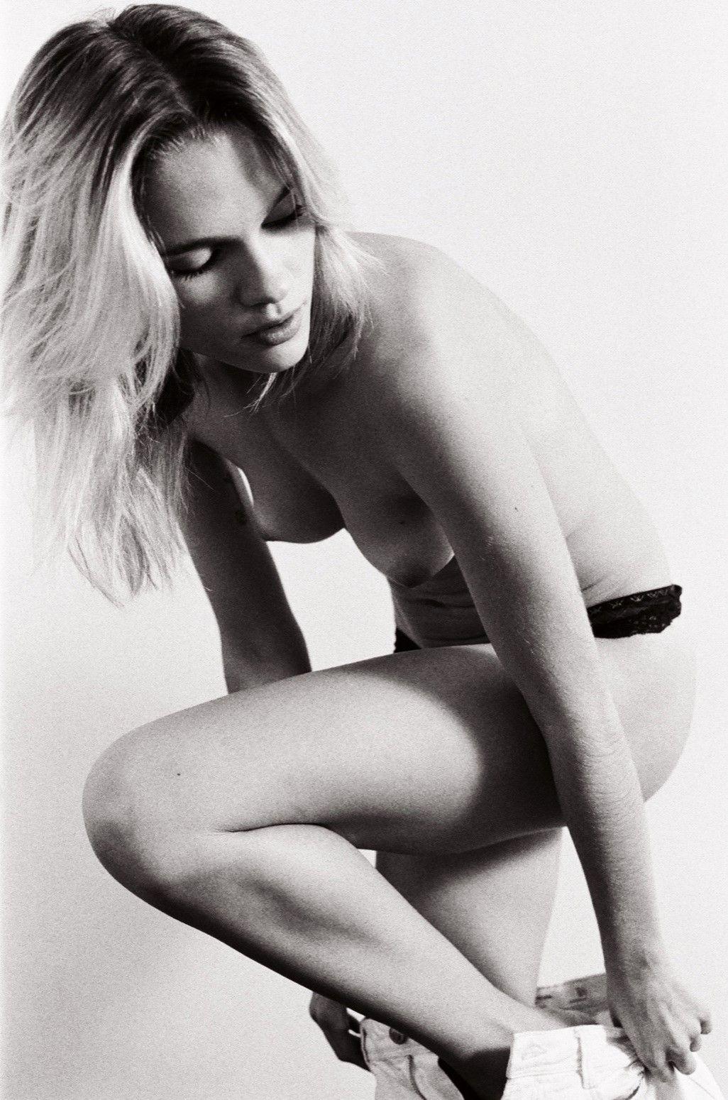 Celebrity Eva Biechy naked (83 foto and video), Pussy, Paparazzi, Boobs, underwear 2006