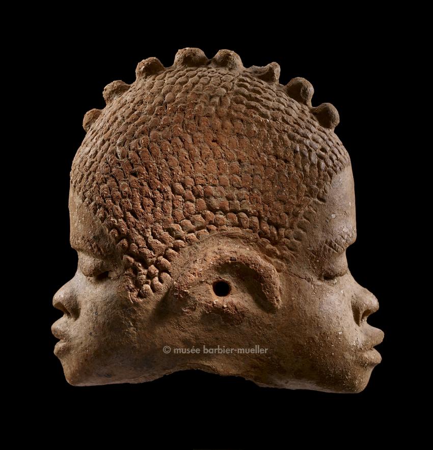 art africain terre cuite