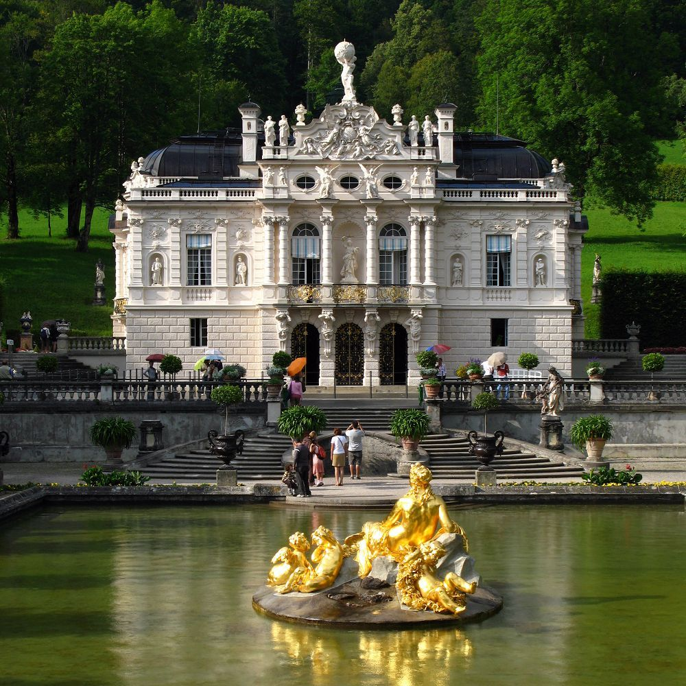 Travel To Linderhof Palace Discover Germany With Hivino Linderhof Palace Castle Germany