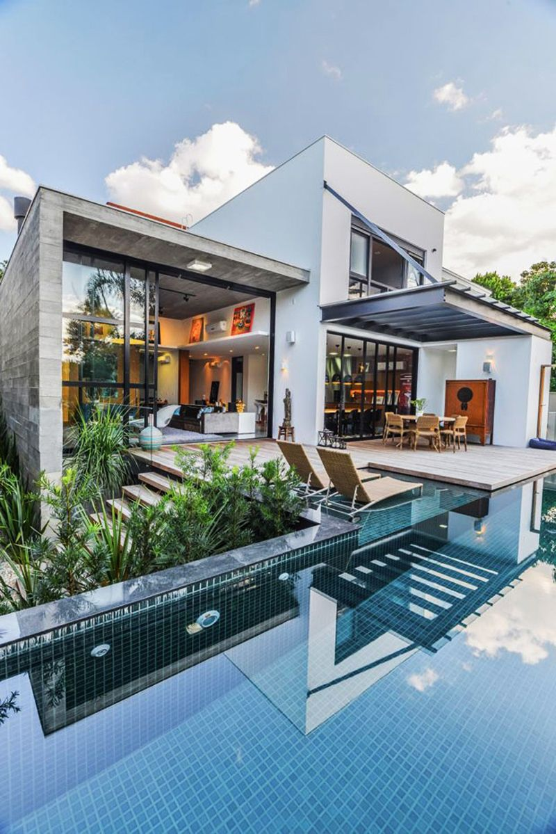 Contemporary Pool Residence With Amazing Interiors by Metroquadrado #housedesigninterior