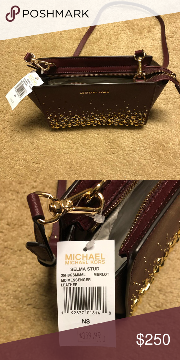 c8a8011c4801de Michael Kors Purse Selling a brand new Michael Kors Purse. Original price  was $359.99.